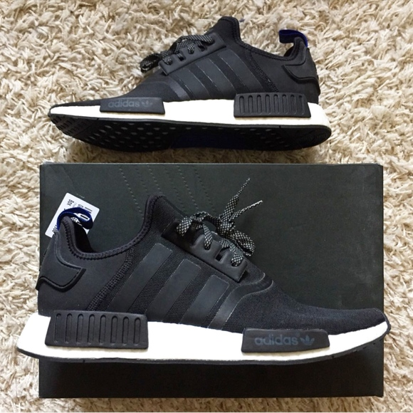 finest selection a3a16 1a89d NWT Adidas NMD R1 Originals Black Size 11.5